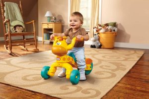 L:Ittle Tikes Go and Grow Lil' Rollin' Giraffe Ride